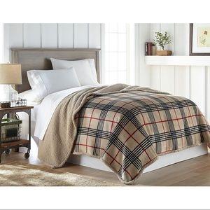 Lodge Collection Velvet Plush Sherpa Blanket